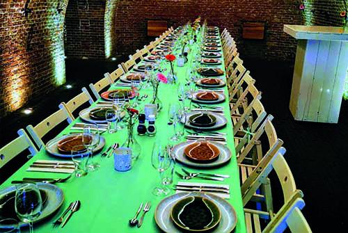 Bedrijfsfeest gedekte tafel Fort Vechten